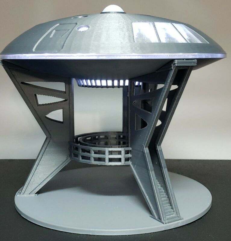 Jupiter 2 [from Lost in Space] - with Lights & Gantry Stand - Large