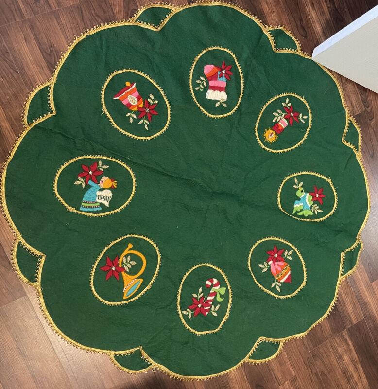 Vintage Christmas Tree Skirt Bucilla Kit Complete Felt Crewel Embroidery Green