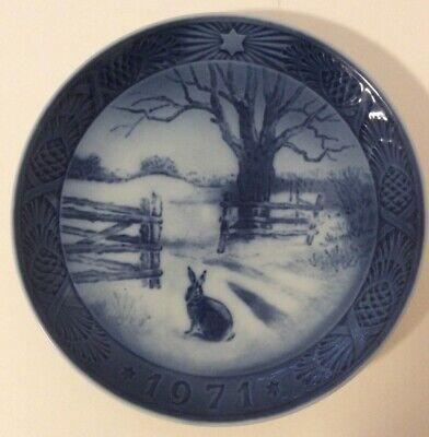 B & G Copenhagen Denmark 1971 Blue White Christmas Collector Plate Hare Winter