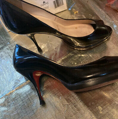 Christian Louboutin women's shoes black Stiletto Peep Toe pumps size USA 5