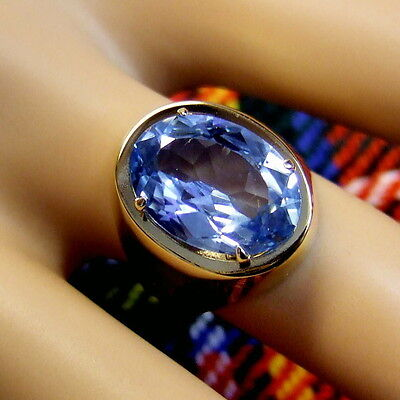 9 ct gold second hand blue topaz ring