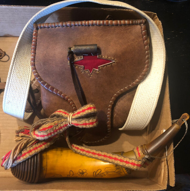 Muzzleloader Leather Possibles Bag & Powder Horn With Extras!!