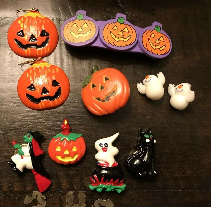 Vintage Lot Of Used Halloween Jewelry Pieces Findings Earrings Button Covers Pin