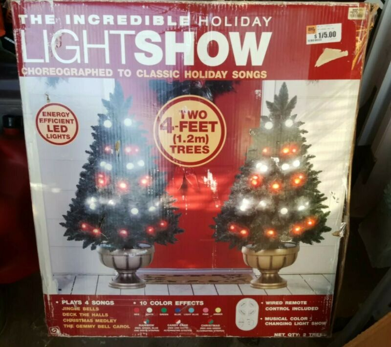 """Lot 2 Gemmy """"The incredible Holiday Light Show"""" 4"""
