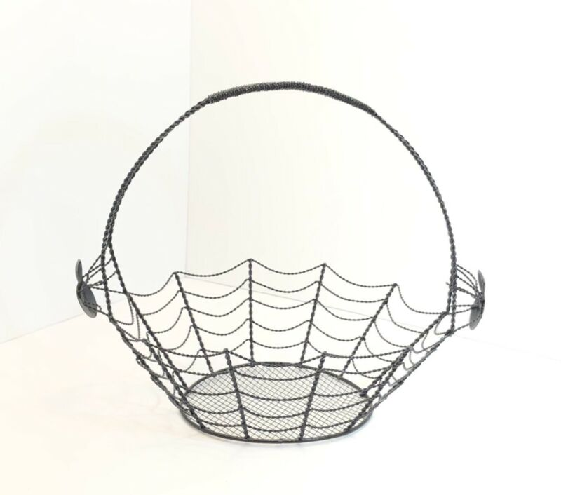 Halloween Black Metal Wire Spider Web Candy Treats Decorative Basket