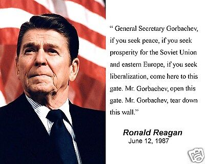 (President Ronald Reagan with Quote Famous Speech 8 x 10 Photo Portrait Picture )
