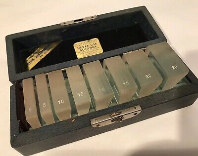 Vintage R. O. Gulden Berens Instrument Ophthalmic Eye Prism Set Woriginal Case