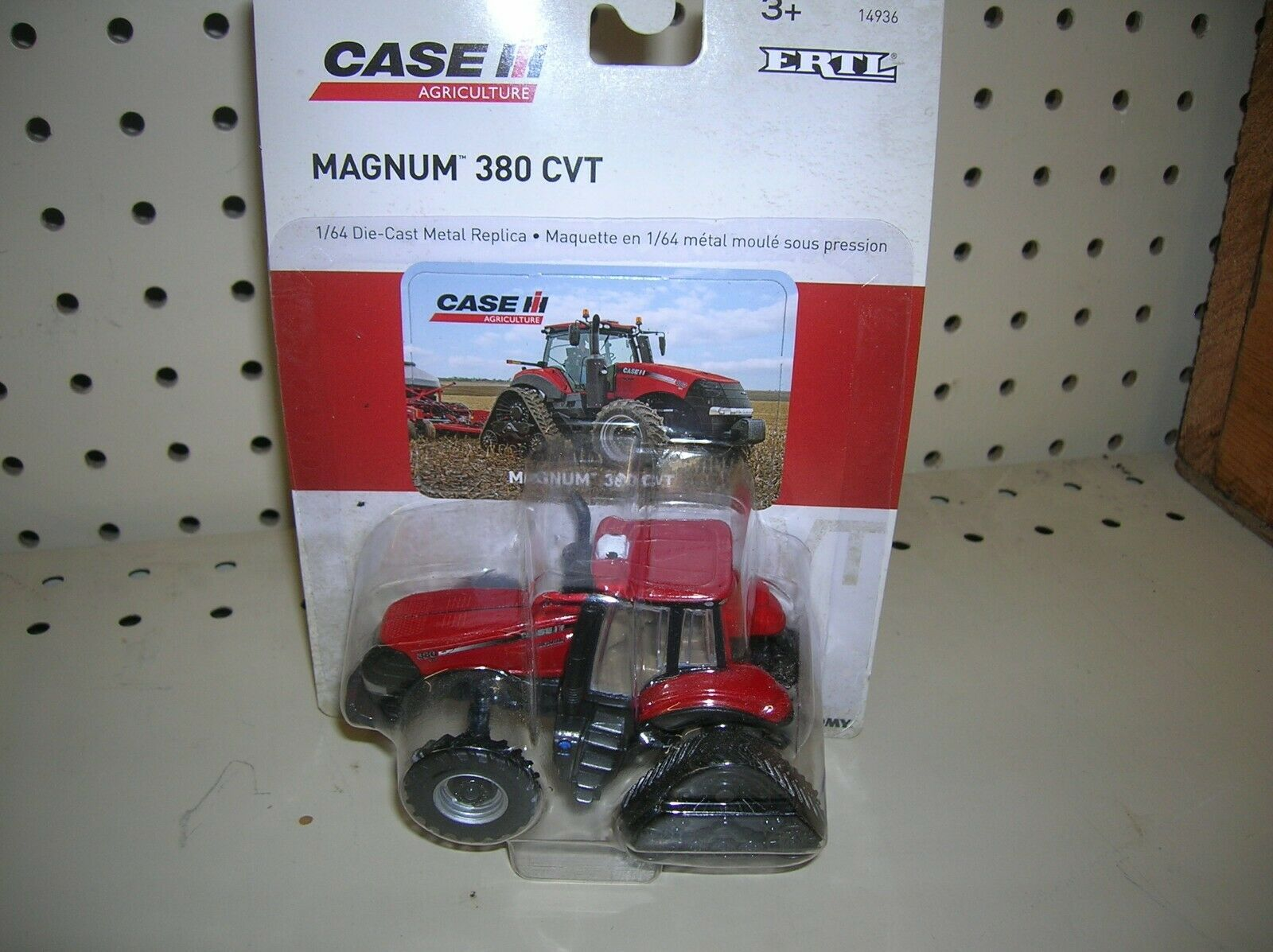 1/64 Scale Case IH Magnum 380 Rowtrac Tractor 14936