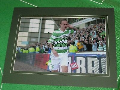 Glasgow Celtic Leigh Griffiths Signed & Mounted Goal Celebration Photograph