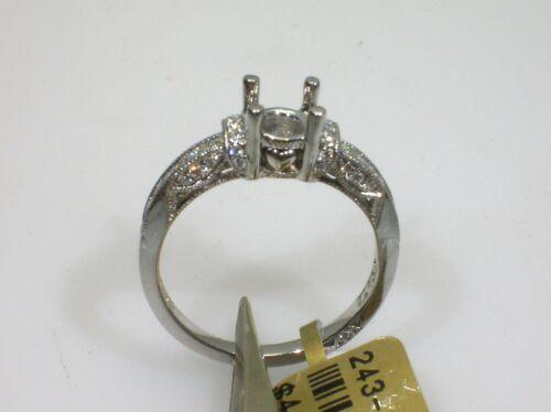 TACORI PLATINUM SETTING 0.38 CTW DIAMONDS - SIZE 6.5 US - RETAIL $4,110.00