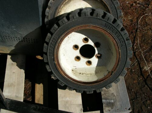 3 Clark TM15 forklift wheels and tires 18x7x12 1/8 used good condition