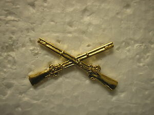 ARMY HAT PIN - INFANTRY CROSSED RIFLES
