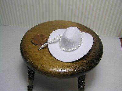 Miniature Dollhouse White Cowboy Hat / 2