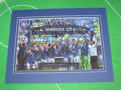 St. Johnstone 2014 Scottish Cup Final Trophy Photo Signed x 13 2014/15 Squad