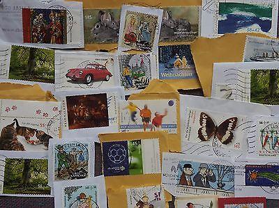 200 Gramm Zuschlagmarken Deutschland nur EURO-Werte auf Papier