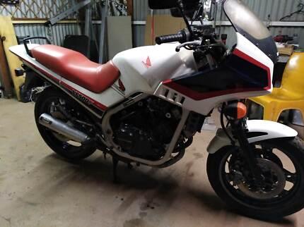 V4 4 cylinder 500cc Lams approved Honda, Cheap.