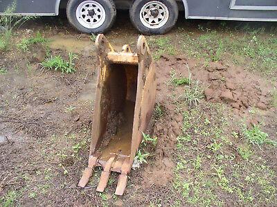 12 Case 580n Backhoe Bucket