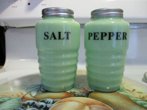 Jadeite Ribbed Salt & Pepper Shakers in Excellent Condition