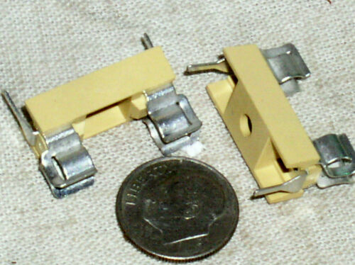 2 NEW NOS PCB PWB 5MM X 20MM CIRCUIT BOARD MOUNT FUSE HOLDER BLOCK 5 MM CLIP USA