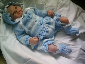 KNITTING PATTERN BABY 0-3 MONTHS OR REBORN DOLL 19