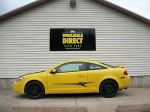 2007 Pontiac G5 START your SUMMER EARLY in this SPORTY, LOW-KM C