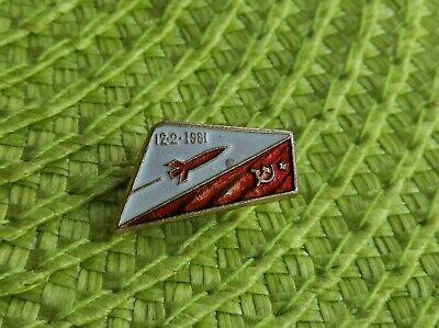 USSR Vintage Soviet Russian Original pin badge Space Gagarin Rocket Astronaut