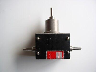 W.M. Berg  1:1 Ultra Precision Miter Gear Box  ABEC 7 Bearings  MX-2-D Robotics