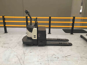 Crown PE 4500 Series   Pallet Jack Welshpool Canning Area Preview