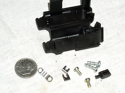 4 Amp D-sub Db-9 Connector Backshell Strain Relief Cable Clamp Kit 749914-2