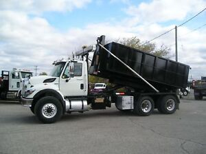 2009 International 7500 HookLift