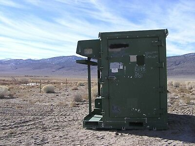 Walk In Refrigerator. Military Mobile Shipping Storage. Diesel And Three Ph.