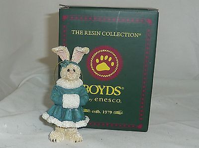 Emily 4in Boyds Bearstone Hare coat and muff Christmas ornament in box 4034172