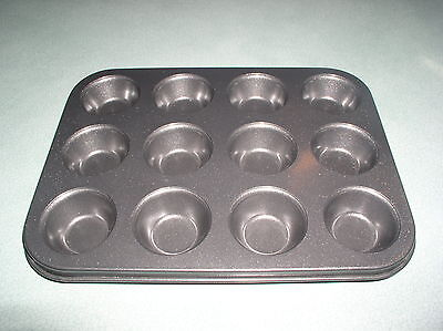 12 PARTITION MINI MUFFIN PAN BY LAKELAND EASY CLEAN