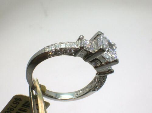 Tacori Platinum 3 Stone Setting 0.80 Ctw Diamonds - Size 6.5 Us- Retail $6780.00