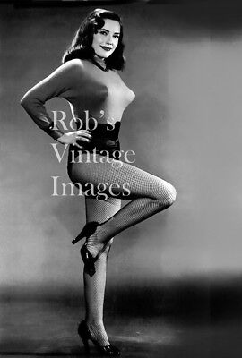 e03477407 BULLET BRA MAMA 7 photo Retro 1940 s 1950 s Sweater Gal fashion model 8
