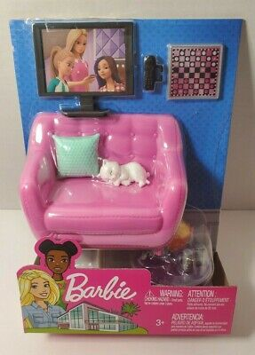 NEW 2019 Barbie Living Room Furniture Couch Accessories & TV Pretty Kitten Set