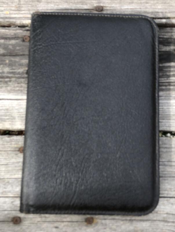 Vintage National Genuine Black Leather Zip Around Business Pad Planner Portfolio