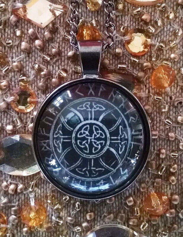3D TRIQUETRA  RUNE POWER AND PROTECTION AMULET PENDANT WITH CHAIN, PAGAN, WICCAN