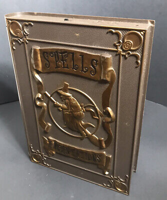 Halloween TEKKY TOYS Book of Spells Incantation Lights/Sounds DOESNT ANIMATE