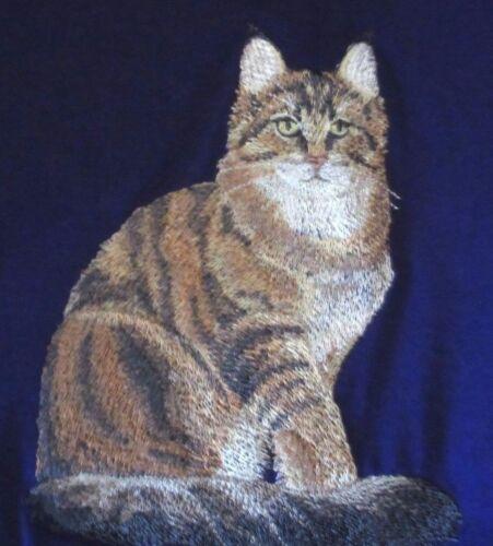 Embroidered Sweatshirt - Maine Coon Cat C7917 Sizes S - XXL