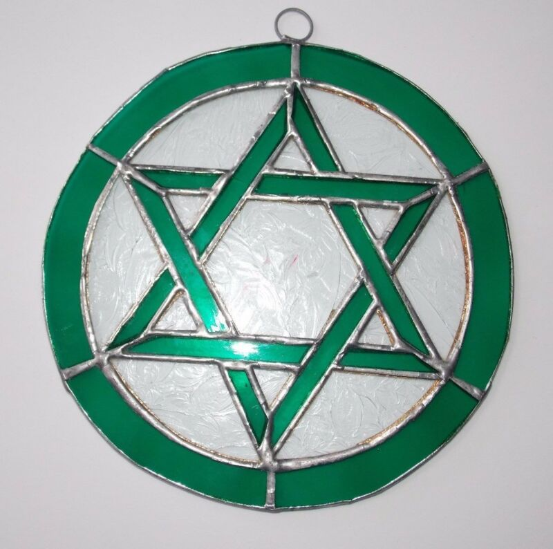 One Leaded Stained Glass Round Sun Catcher Green Star of David Hanging 7