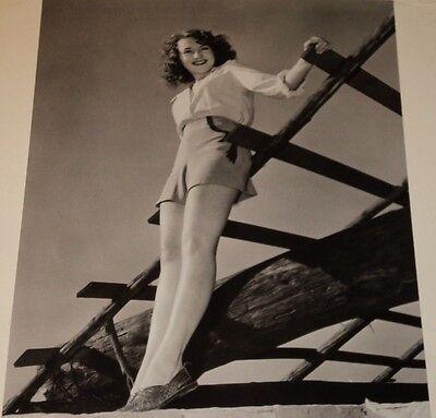 SUSANNA FOSTER /  LEGGY  8 X 10  B&W  PIN-UP  PHOTO