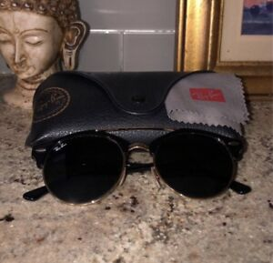 BRAND NEW - NEVER USED - AUTHENTIC RAY BAN SUNGLASSES