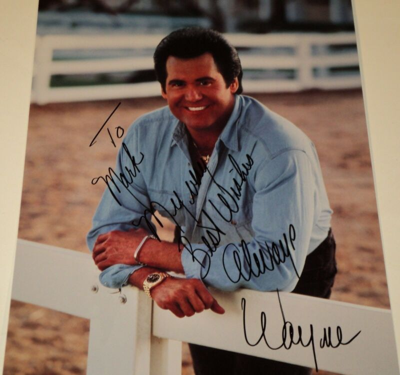 WAYNE NEWTON /  8 1/2 X 11  COLOR  AUTOGRAPHED  PHOTO