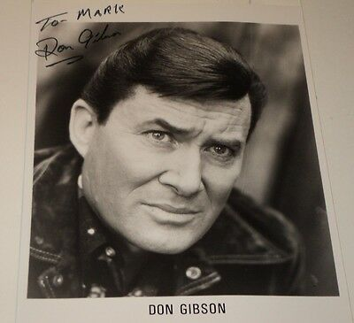 DON GIBSON / COUNTRY MUSIC LEGEND /  8 X 10  AUTOGRAPHED  PHOTO