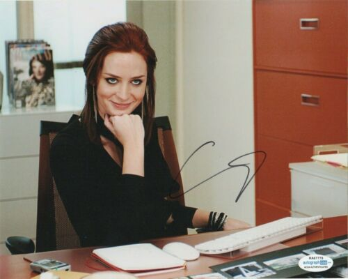 Emily Blunt Devil Wears Prada Autographed Signed 8x10 Photo ACOA 9K1