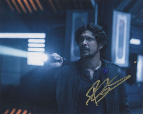 Bob Morley The 100 Autographed Signed 8x10 Photo COA P8E