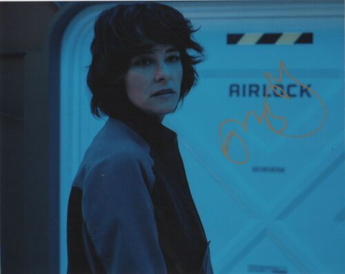 Parker Posey Lost in Space Autographed Signed 8x10 Photo COA E1A