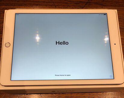 Apple iPad Air 64GB WIFI White/Gold