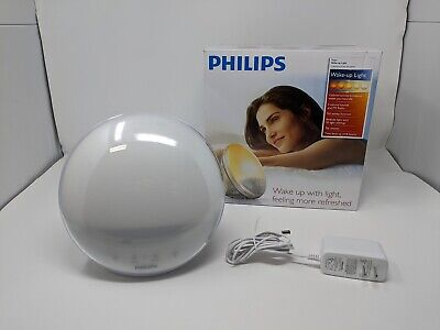 Philips SmartSleep HF3520/60 Wake-Up Light Therapy Alarm Clock with Colored Sunr